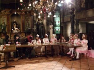 L'émission des Kokusyoku Sumire sur fond de Christon Café
