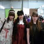 Fumiko, Karma et une amie de cette dernière