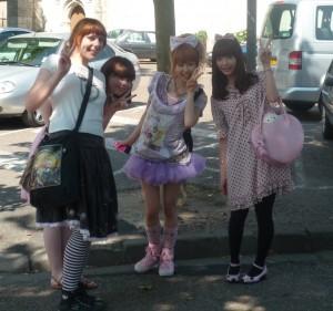 Hatsumi, Mitsuki, Yu et Misako
